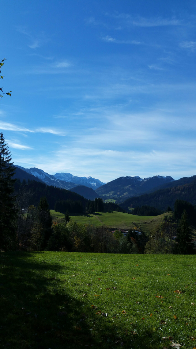 Bavarian autumn #bavarian #mountains #autumn #travel #nature
