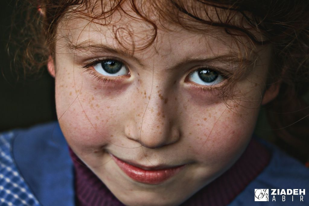 #kids #amazing #look #eyes #red #girls #canon #eos70d