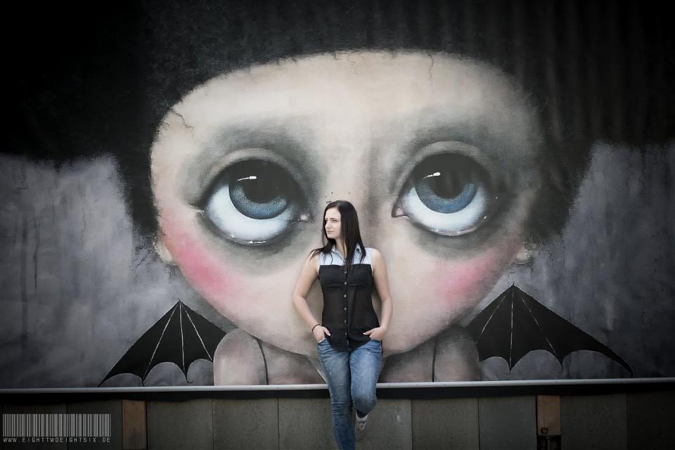 Head - by www.eightTWOeightSIX.de     #streetphotography #street #streetstyle #human #people #woman #girl #female #femme #light #brunette #hair #citylife #city #life #lifestyle #urban #urbanphotography #chemnitz #erzgebirge #germany #igdaily #ig_germany #nikon #outside #portrait #portraiture #art #artwork #creative