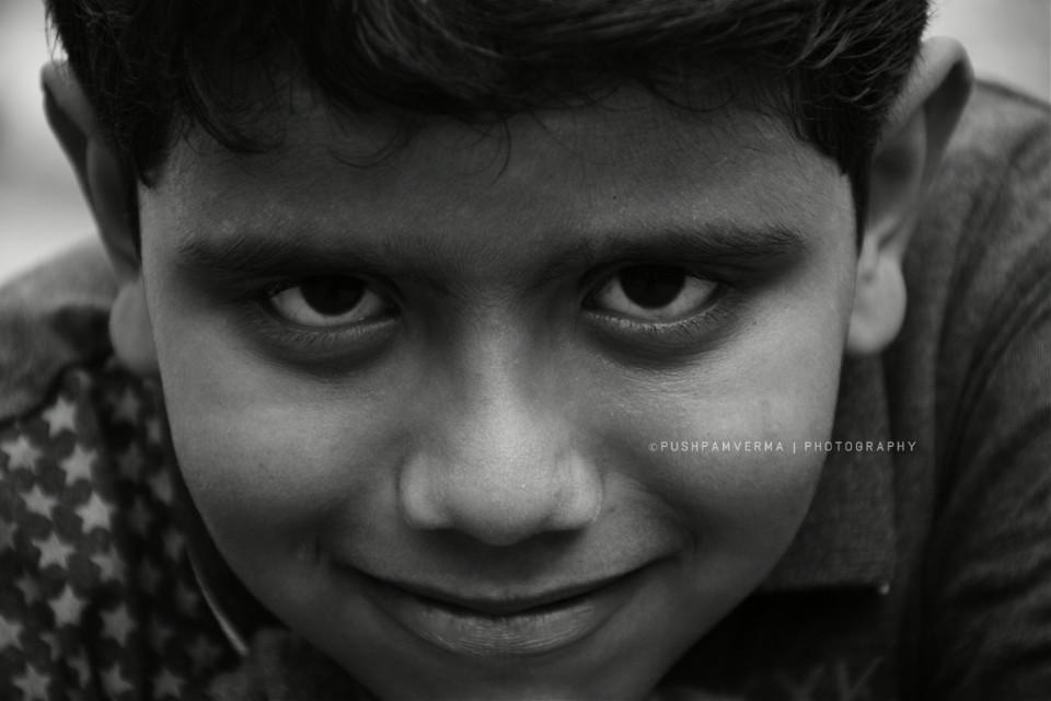Meet Himanshu.. 8 years old boy from #muzaffarpur #bihar. He was asking for ma #nikon #d7200 bcoz he wants to be a Photographer #india #blackandwhite  #photography #cute #people #noedit #monochrome