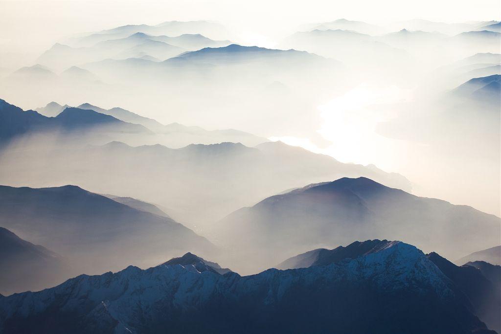 foggy landscape picture