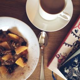 breakfastathome oatmealwithfruits meandmommy sundaymorning tallinn