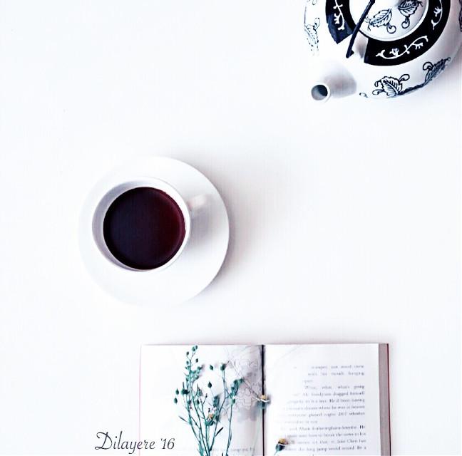 How much time is left?   #lastnight #coffee #headache #night #interesting #coffeecup #coffeeandbook #coffeeaddict