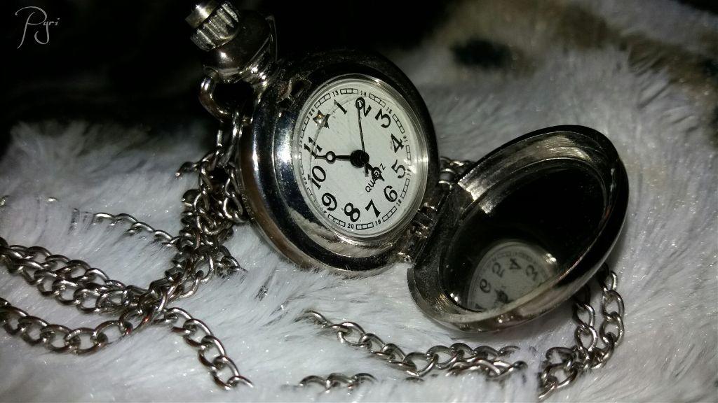 #vintagefinds #vintage #time #silver #necklace