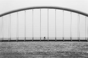 freetoedit blackandwhite bridge biking minimal